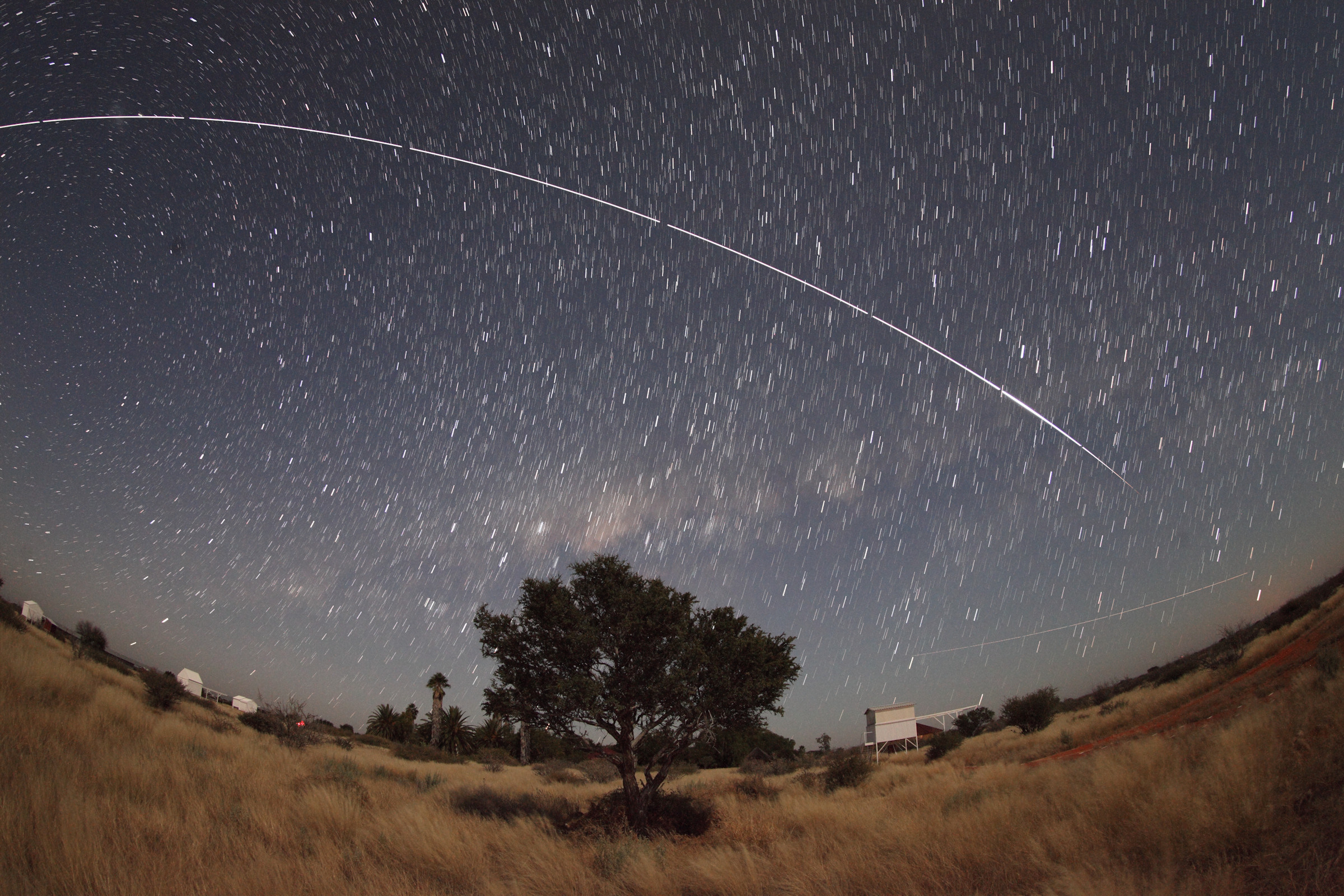 20120613-0420-ISS-5DII-15mm-F4-ISO3200-8x30s